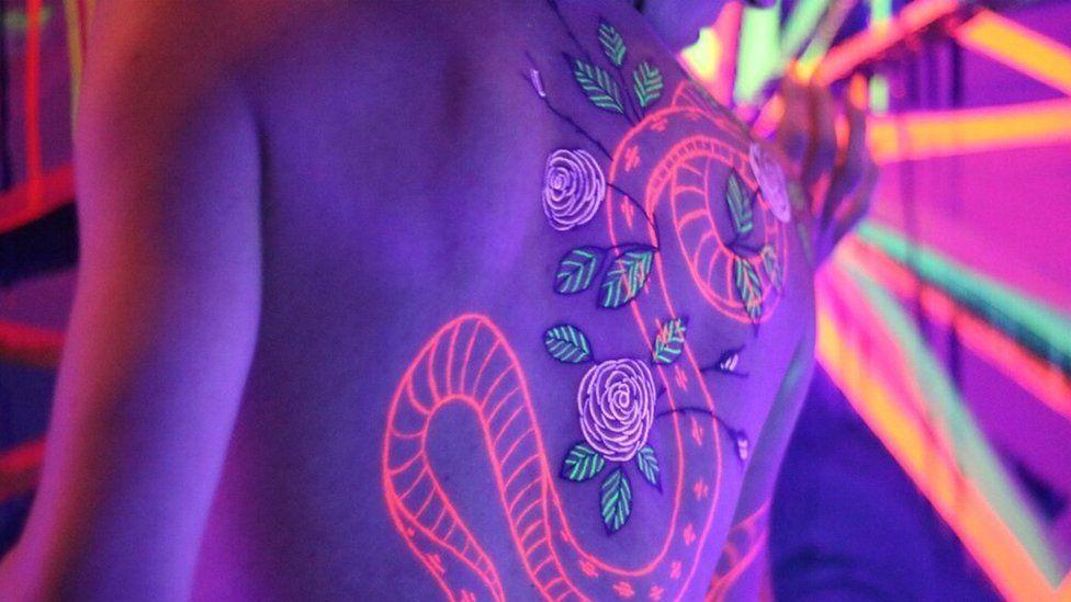 Могут ли электрические татуировки стать следующим шагом в боди-арте?